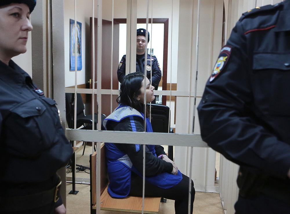 Няня, убившая девочку, улыбалась в суде: следствие ищет подстрекателей
