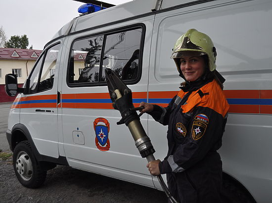 Накануне 8 марта женщины–спасатели рассказали о своей рисковой работе