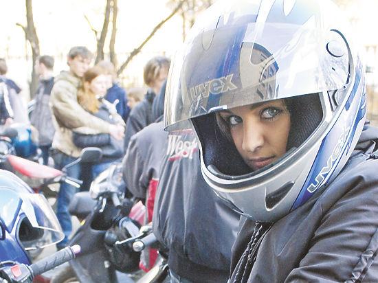 Байкеры потребовали снизить транспортный налог на мотоциклы