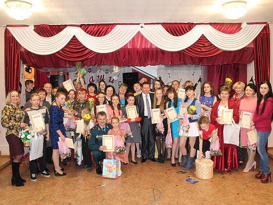 В Вологодском центре помощи детям отметили сразу два праздника