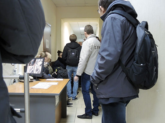 Иностранцам решили запретить въезд в Россию без медстраховки