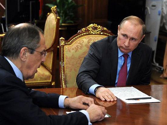Гладильная доска в кабинете Путина стала свидетельницей доклада Шойгу