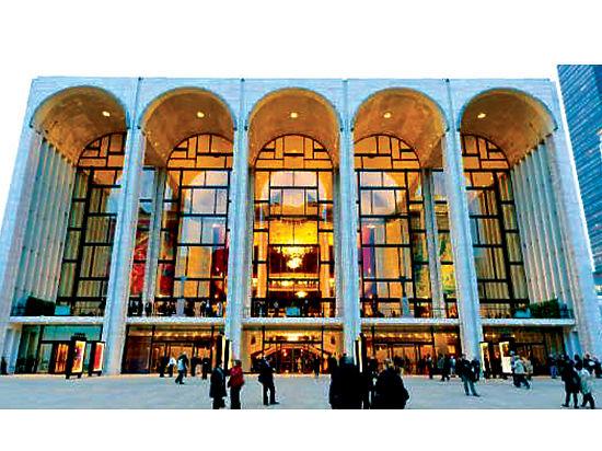 Следующий сезон в Метрополитен-опера