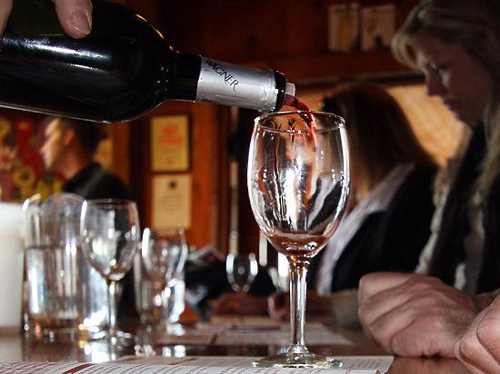 Результаты исследований, в которых утверждается, что вино продлевает жизнь, поставлены под сомнение