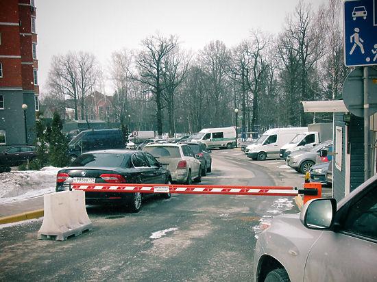 «Элитные» чиновники в Одинцове целую улицу отрезали от города
