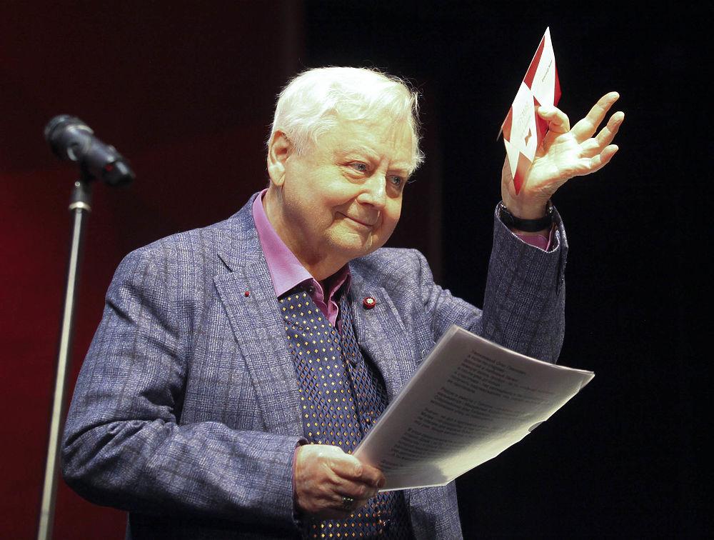 Олег Табаков провел 21-ю церемонию награждения своей именной премии