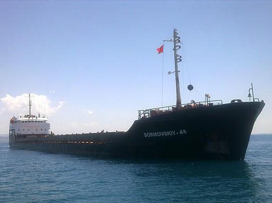 Турецкий сухогруз снова пошел на таран Керченского моста