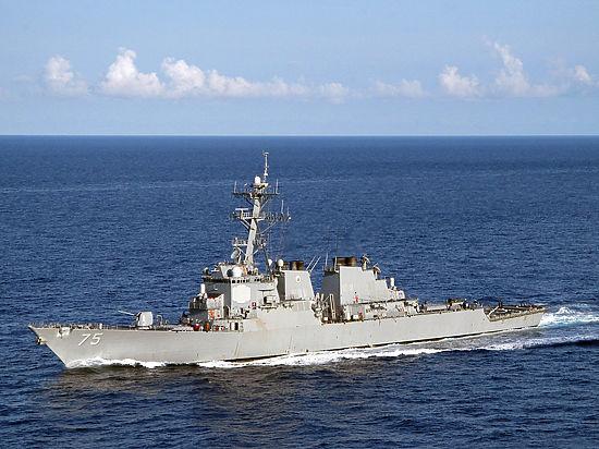 Российские военные не понимают возмущения из-за полета бомбардировщиков над эсминцем США