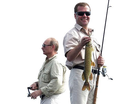 Пресс-секретарь Медведева объяснила парадокс с его доходами
