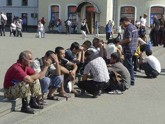 Закрытые ворота «русского мира», или соотечественников-переселенцев дома не ждут