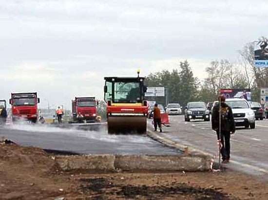 В городе подлатают более одного миллиона квадратных метров дорожного покрытия