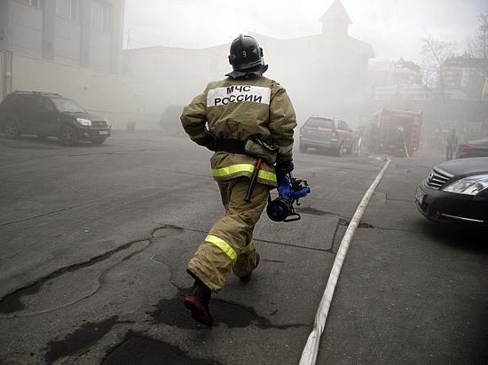 При пожаре в магазине пиротехники на Пресне погиб человек