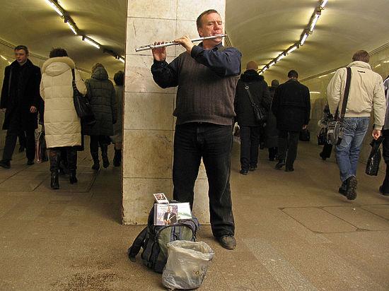 В метро решили измерять шум от музыкантов