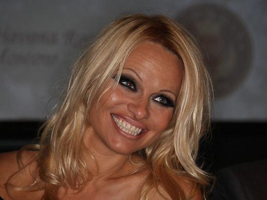 Памела Андерсон приступила к съемкам в новых «Спасателях Малибу»
