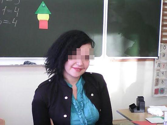 Порно видео учительница совратила ученика