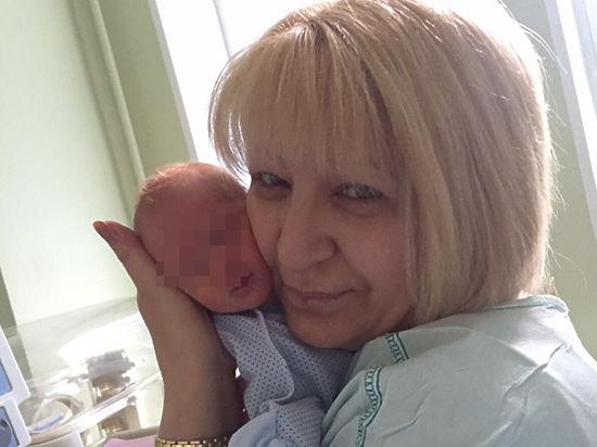 В Москве суд арестовал женщину, недавно ставшую матерью тройняшек