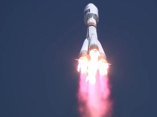 """""""Вы лучше смотрите не на ракету, а в глаза - если увидите в них скупую слезу, значит, все хорошо"""""""