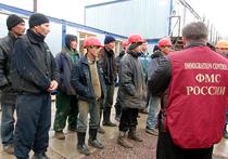 Количество выдворенных из России мигрантов резко возросло