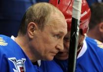 В матче Ночной хоккейной лиги Путина посрамил загадочный вратарь