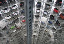 Дептранс Москвы, оповещая жителей о вводе очередных «мер по улучшению транспортной ситуации», традиционно ссылается на мировой опыт и на опросы горожан