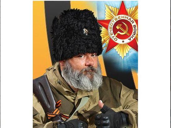 Пока он не может заплатить долг коммунальщикам в 15 тысяч рублей