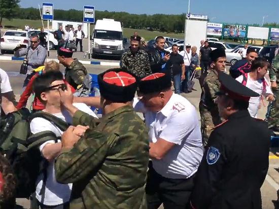 Дело о нападении на сотрудников Алексея Навального в Анапе взято на контроль в Москве
