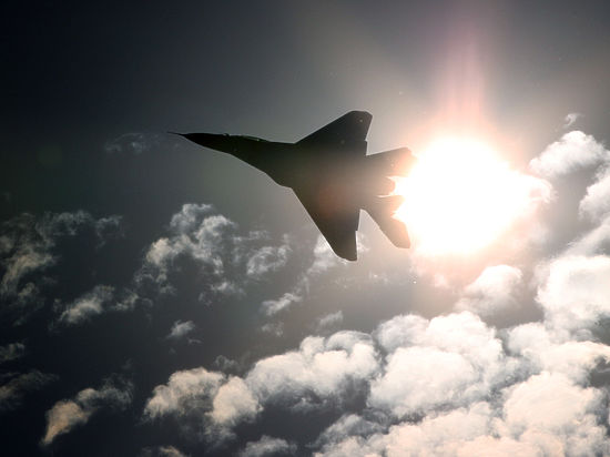 Россия возобновляет бомбардировку террористов в Сирии: США помогать не будут