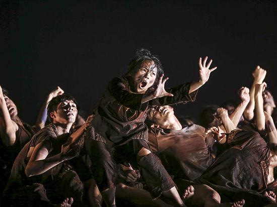 В Москве прошли гастроли самой популярной в Азии танцевальной труппы «Клауд Гейт»