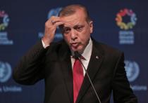 Сделка между Европейским Союзом и Турцией по беженцам оказалась под угрозой срыва из-за того, что Европа не спешит отменять для турок визовый режим