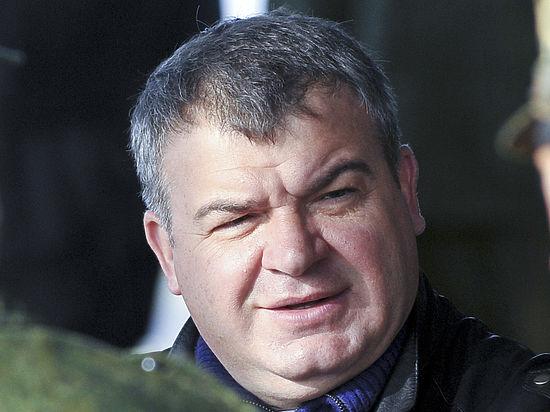 Экс-министр обороны Сердюков стал главой ТСЖ в доме Васильевой