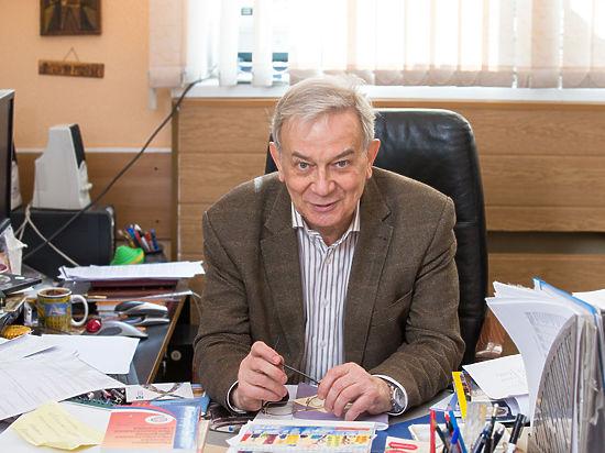 Завуч школы №57 Борис Давидович: «Школа — не ярмарка родительского тщеславия!»