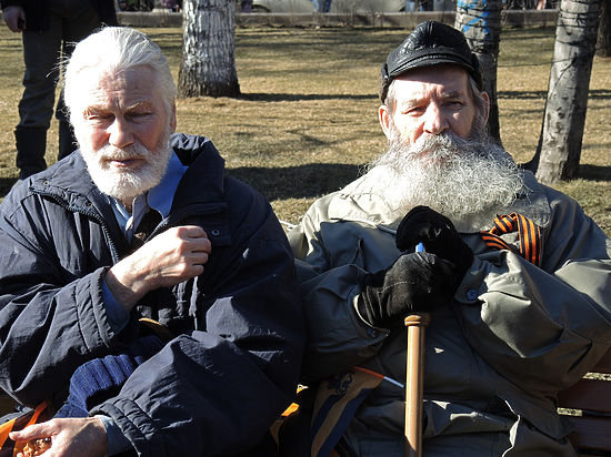 Россияне стали меньше пить и курить менее вредные сигареты