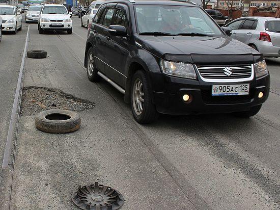 Жители Владивостока недоумевают, почему богатому мэру дали поработать  8 лет