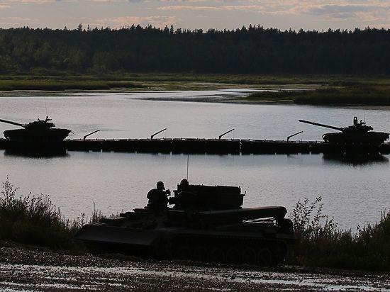 Эксперты объяснили причину переброски Россией войск на запад