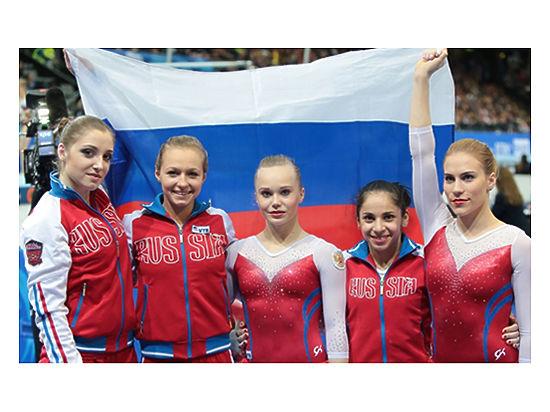 gimnastika-zhenskaya-golaya
