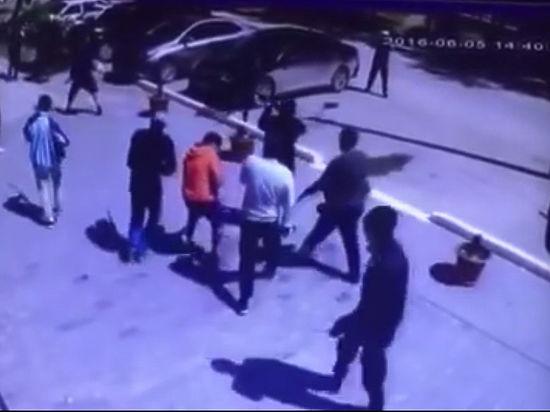 Боевики атаковали воинскую часть и оружейные магазины в Актобе