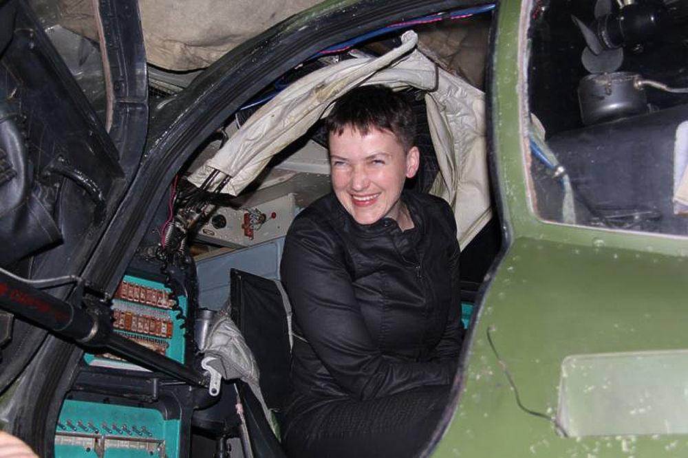 Савченко вся в черном вернулась в Донбасс поработать с НАТО