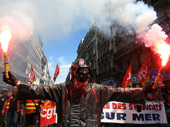 Глава французского профсоюза рассказал про акции на Евро-2016
