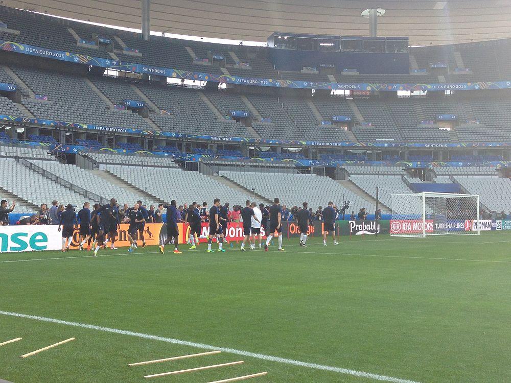 Сборная Франции провела последнюю тренировку перед матчем-открытием