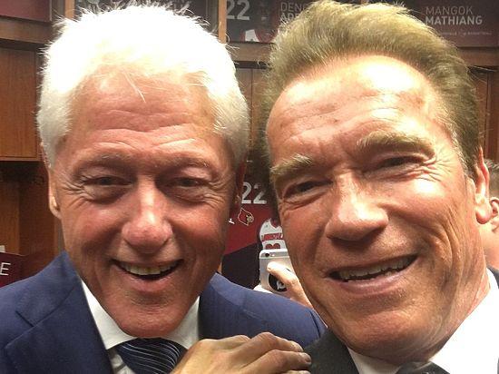 Фото с улыбающимися лицами актера и экс-президента появилось в Твиттере Шварценеггера