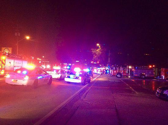 Пострадали более 40 человек, на месте работают саперы и дежурят кареты скорой помощи