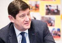 Министр спорта Франции Патрик Каннер заявил, что его порадовала перспектива исключения сборной России с Евро-2016