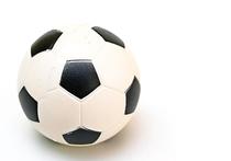 Выйдя на замену во втором тайме против Уэльса, форвард Рэшфорд из «Манчестер Юнайтед» побил рекорд сборной Англии среди самых юных на чемпионатах Европы