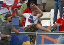 Британская газета The Guardian разразилась материалом о том, что российские футбольные фанаты, участвовавшие в драках в Марселе и Лилле на Евро-2016 являются не обычными хулиганами, а сотрудниками спецслужб