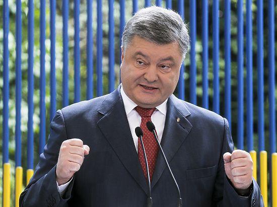 В ближайшее время президент Украины намерен провести по этому поводу совещание с Генштабом