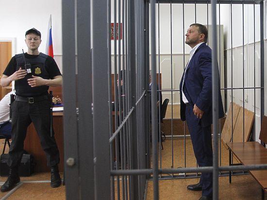 Губернатора Белых арестовали за 400 тысяч евро