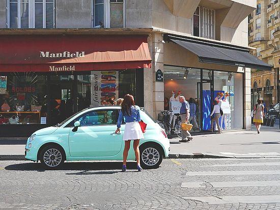 В столице Франции запретили ездить на автомобилях старше 19 лет