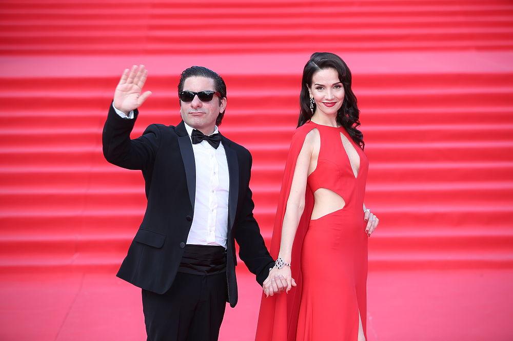 Торжественное закрытие ММКФ: роскошные платья красной дорожки