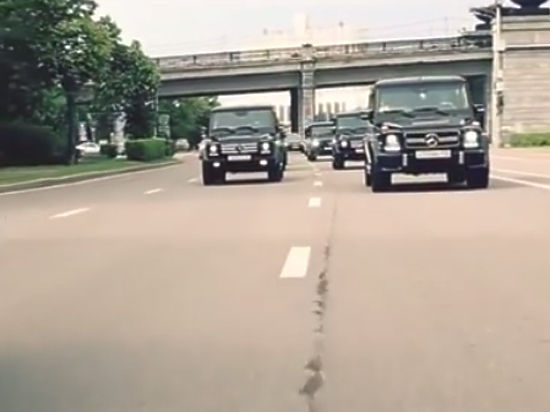 Автопробег на «Гелендвагенах» обошелся выпускникам академии ФСБ в 300000 рублей