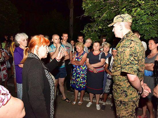 Пытавшихся заблокировать движение ВСУ жителей Торецка объявили «пьяной толпой»